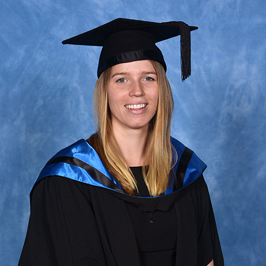 USC Master of Psychology graduate Emily Frampton from Gympie