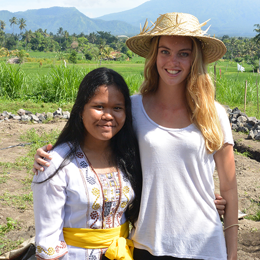 Headstart student Samara Welbourne in Bali with her friend and fellow fundraiser Tyas.