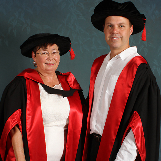 Dr Jacqueline Caskey and Dr Peter Innes. Photo: Reed Graduation Services