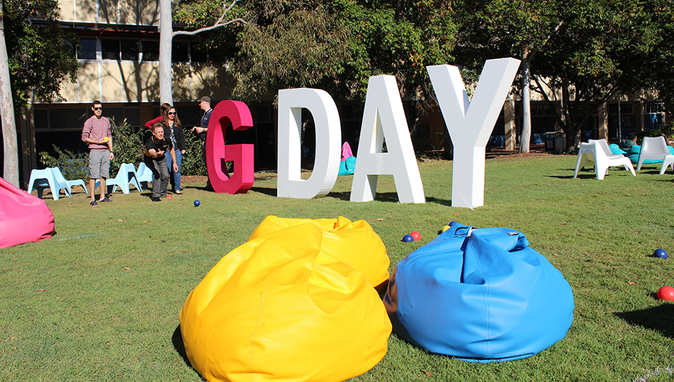 G Day sign