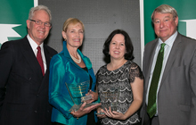 USC Deputy Chancellor David Jeffries (l-r), award recipient Jenny Morawska, USC Professor Helen Wallace and USC Vice-Chancellor Professor Greg Hill